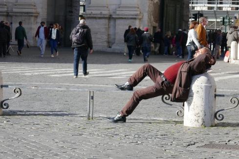 Livsnjutare vid Piazza del Popolo.